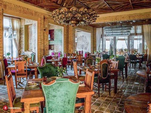 مواد اولیه و کیفیت طبخ غذای ایرانی در رستوران حستوران | حستوران